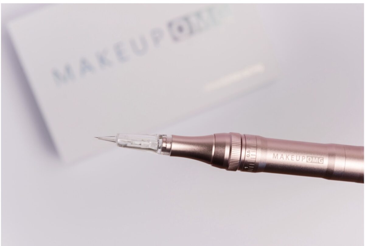Brow Boss Wireless Permanent Makeup Pen with tip